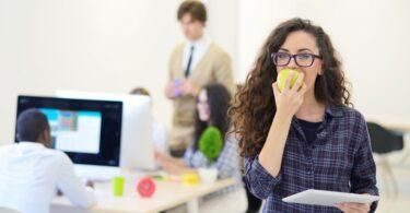 Trucos para mejorar el ambiente en la oficina
