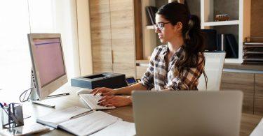 Trabajar por cuenta ajena y ser autónomo