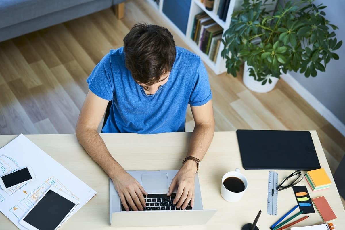 ¿Qué hace el autónomo con el IVA no deducible?
